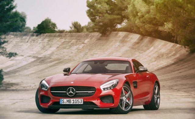 2017-Mercedes-Benz-AMG-GT-front-e1463034566345